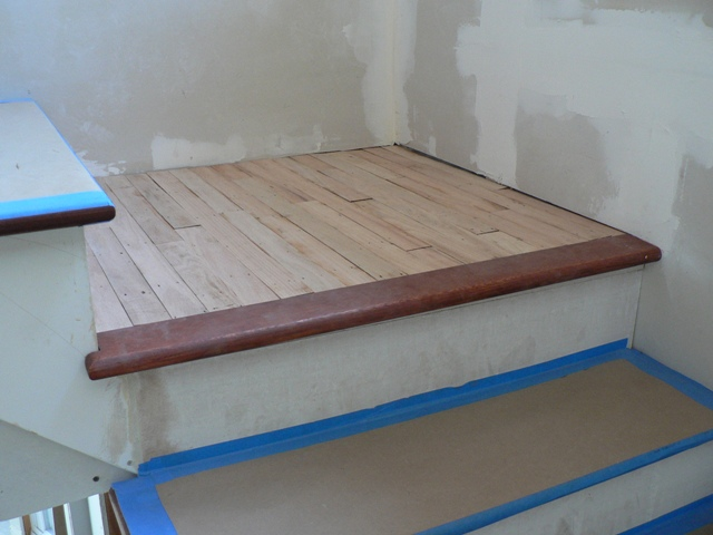 Laminate Flooring Stairs And Landing Laminate Flooring Ideas